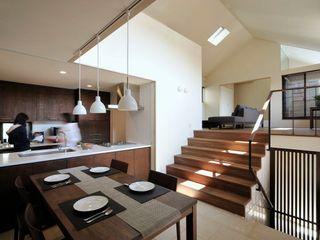 HAN環境・建築設計事務所 Moderne woonkamers