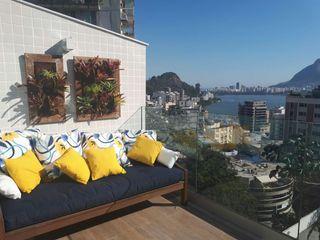 Studio HG Arquitetura Balconies, verandas & terraces Furniture