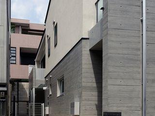 小規模デザイナーズアパートメント 三茶の集住 シーズ・アーキスタディオ建築設計室 モダンな 家