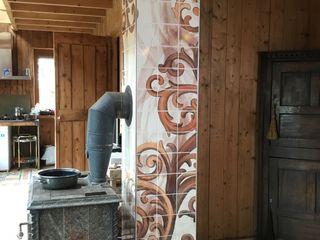 José den Hartog Eclectic style living room Tiles Brown