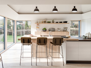Arts & Crafts House design storey İskandinav Mutfak
