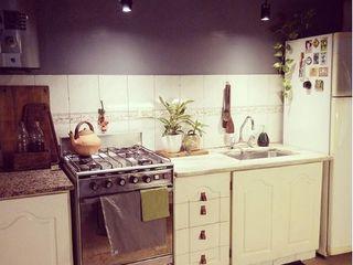 OOST / Sabrina Gillio Cocinas de estilo escandinavo