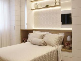 Suelen Kuss Arquitetura e Interiores Classic style bedroom MDF White