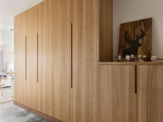 邑田空間設計 Minimalist corridor, hallway & stairs Tiles