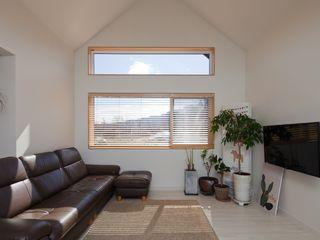 위드하임 Withheim 现代客厅設計點子、靈感 & 圖片 White