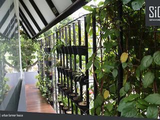 sigit.kusumawijaya   architect & urbandesigner Hành lang, sảnh & cầu thang phong cách tối giản Sắt / thép Black