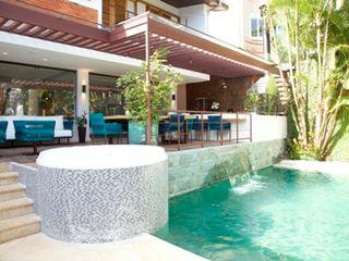 Ornella Lenci Arquitetura Rustic style balcony, veranda & terrace