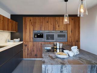 D²   A Contemporary Mix Davonport KitchenCabinets & shelves