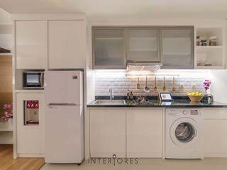 INTERIORES - Interior Consultant & Build Кухня Білий