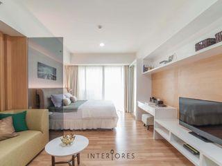 INTERIORES - Interior Consultant & Build Вітальня Білий
