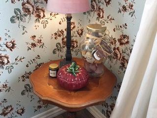 Tafel met lampje ilsephilips Eclectische eetkamers