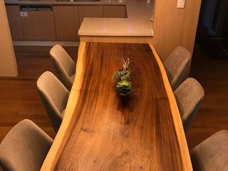 캐러멜라운지 餐廳桌子