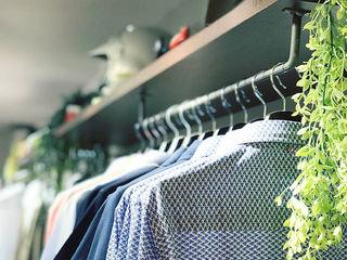 Estudi Aura, decoradores y diseñadores de interiores en Barcelona Shopping Centres Iron/Steel Wood effect