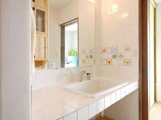 フレンチナチュラルスタイルの家 みゆう設計室 北欧スタイルの お風呂・バスルーム