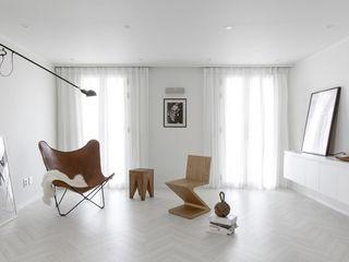 husk design 허스크디자인 Minimalist living room