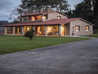 MORANDO INMOBILIARIA Rustic style house