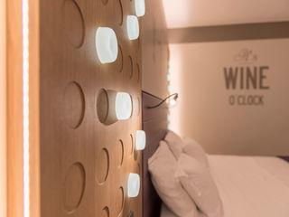 Fab Arredamenti su Misura BedroomBeds & headboards Wood Wood effect