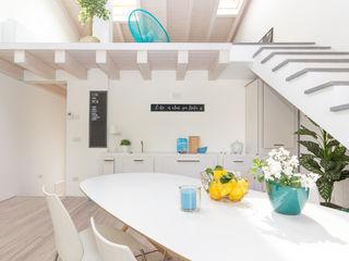Boite Maison 現代風玄關、走廊與階梯