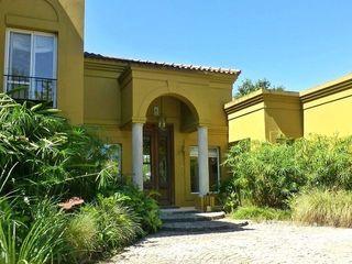 Estudio Dillon Terzaghi Arquitectura - Pilar Rumah tinggal Batu Bata Yellow