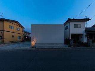 気持ちのいい家 TKD-ARCHITECT 北欧デザインの リビング 木 木目調