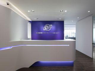 築一國際室內裝修有限公司 Oficinas y Tiendas