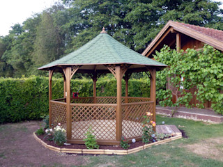 ONLYWOOD Colonial style garden Wood