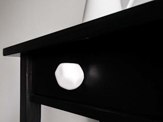Ceramics handles – Polyhedron - colour white glossy glaze Viola Ceramics Studio ArtworkOther artistic objects Ceramic White