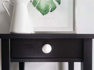 "Ceramics handles - Round 3,5 cm / 1,58"" - colour white glossy glaze Viola Ceramics Studio ArtworkOther artistic objects Ceramic White"