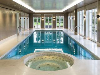 Light Fantastic London Swimming Pool Company Piscinas infinitas Concreto Bege