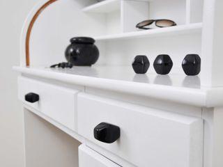 Ceramic furniture handle / diamond / glossy black Viola Ceramics Studio ArtworkOther artistic objects Ceramic Black