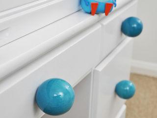 Ceramics handles – Round 6 cm - colour turquoise crackle glossy glaze Viola Ceramics Studio 家居用品配件與裝飾品 陶器 Blue