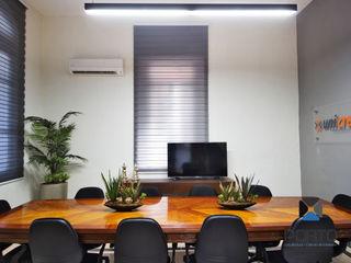 PORTO Arquitectura + Diseño de Interiores Office spaces & stores