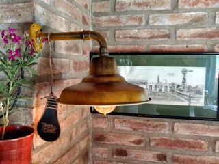 Aplique Lámpara Galponera Oro Envejecido Vintage Lamparas Vintage Vieja Eddie LivingsIluminación Hierro/Acero Amarillo