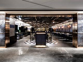 Artta Concept Studio Bares y Clubs Metálico/Plateado