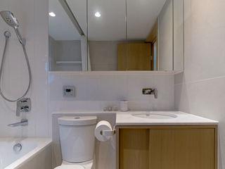 arctitudesign BathroomBathtubs & showers
