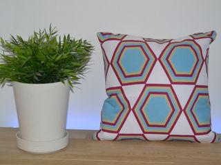 Sfeerfoto Polygon blauw-rood ilsephilips WoonkamerAccessoires & decoratie