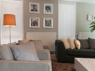 Whitehouse decorations Modern Living Room