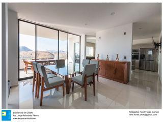 Casa Zotero Excelencia en Diseño Comedores minimalistas Blanco
