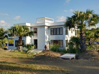 Villa Resort Nuansa Studio Architect Dinding & Lantai Modern Beton Bertulang White