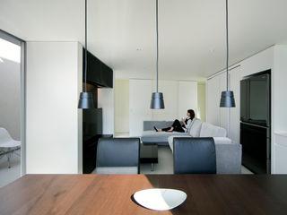 白坂 悟デザイン事務所 KitchenCabinets & shelves Plywood White