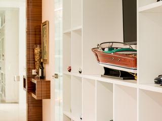 Moderestilo - Cozinhas e equipamentos Lda LivingsBibliotecas, estanterías y modulares Blanco
