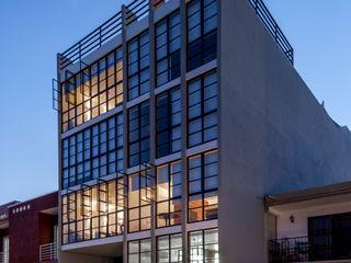 Daniel Cota Arquitectura   Despacho de arquitectos   Cancún Terrace house Glass Grey