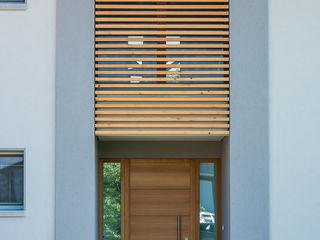 Woodbau Srl Couloir, entrée, escaliers classiques Bois Marron