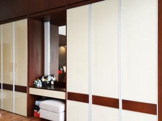 Likha Interior Modern Dressing Room Plywood Wood effect
