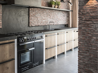 Molitli Interieurmakers Industrial style kitchen
