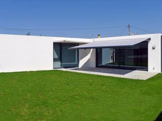AD+ arquitectura Maison individuelle Béton Blanc