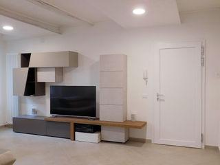 Appartamento Contemporaneo in Centro Storico Studio di Architettura IATTONI Soggiorno minimalista