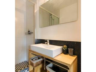 Crescente Böhme Arquitectos Modern Banyo Ahşap Beyaz