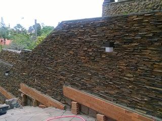 Rebello Pedras Decorativas Paredes y suelos de estilo rústico Piedra Blanco