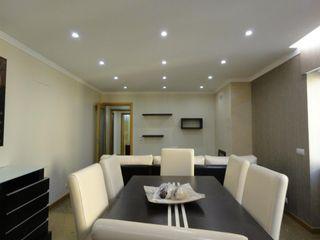 PROJETARQ Modern Dining Room